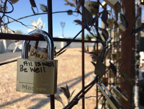 lock message